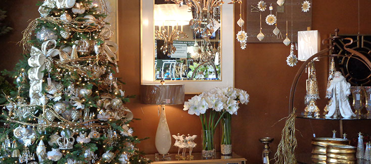 Christmas flowers, decor and much more in our stores!