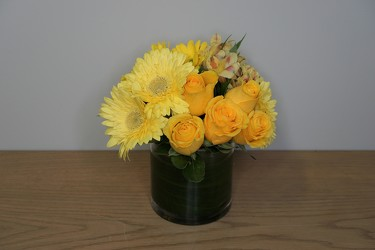 Happy Days from Metropolitan Plant & Flower Exchange, local NJ florist