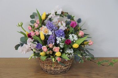 Spring Basket from Metropolitan Plant & Flower Exchange, local NJ florist