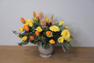 Classic Spring from Metropolitan Plant & Flower Exchange, local NJ florist